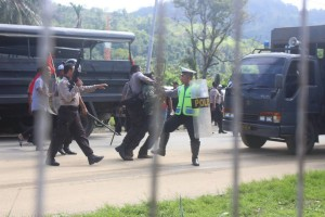 West Papuan arrested for peaceuflly demonstrating in Port Numbay