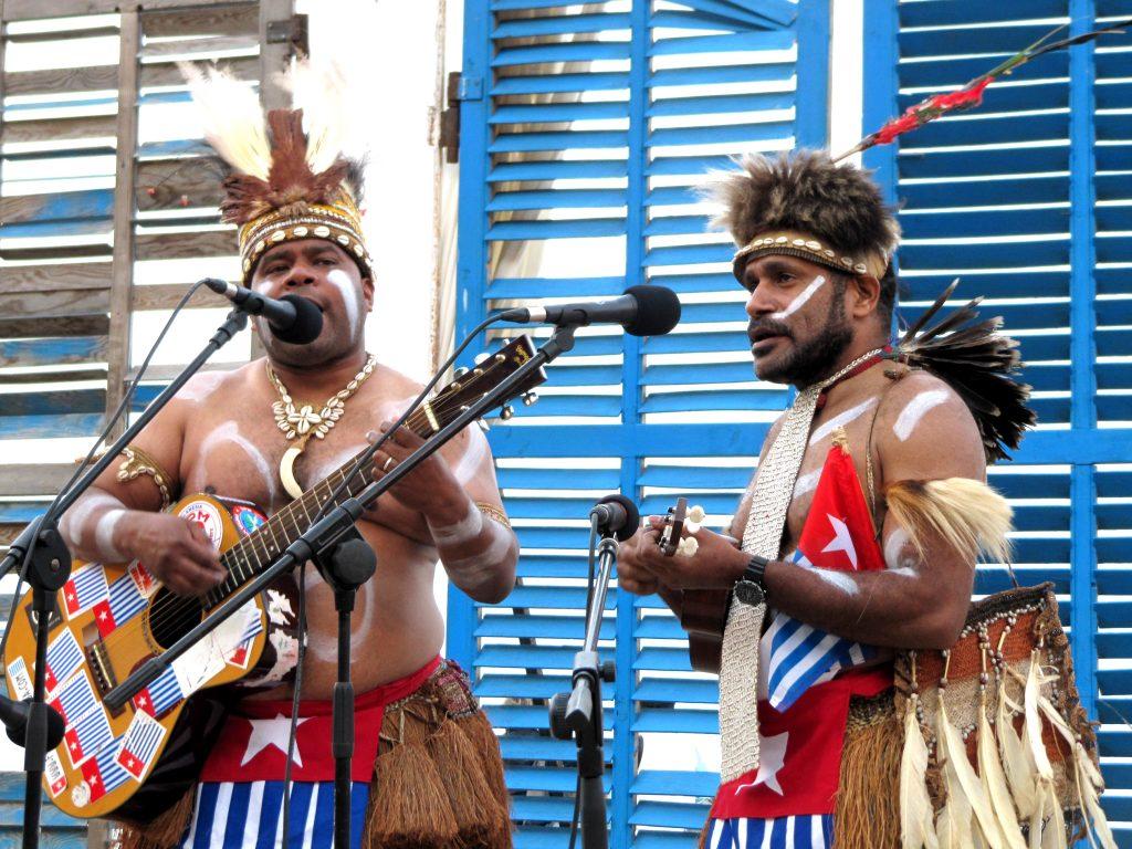 the-lani-singers