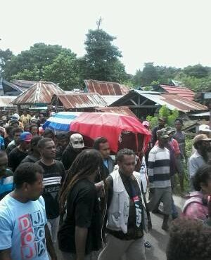 URGENT REPORTS: At least 9 West Papuan people shot, 1 killed by Indonesian police. My people are in danger.