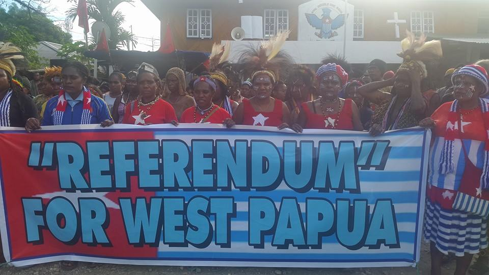 west-papuans-in-port-numbay-demonstrate-in-support-of-3rd-may-201636