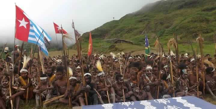 West Papuans raising the Morning Star flag in Yahukimo in the West Papuan Highlands, today, December 1st 2016