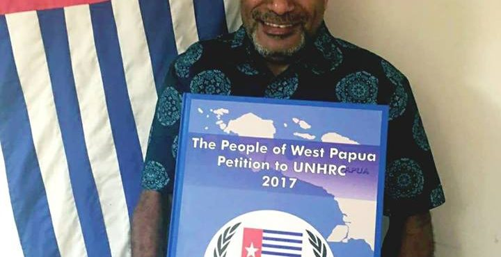 Benny Wenda hands over West Papuan People's Petition, signed by 1.8 million West Papuans, to the UN